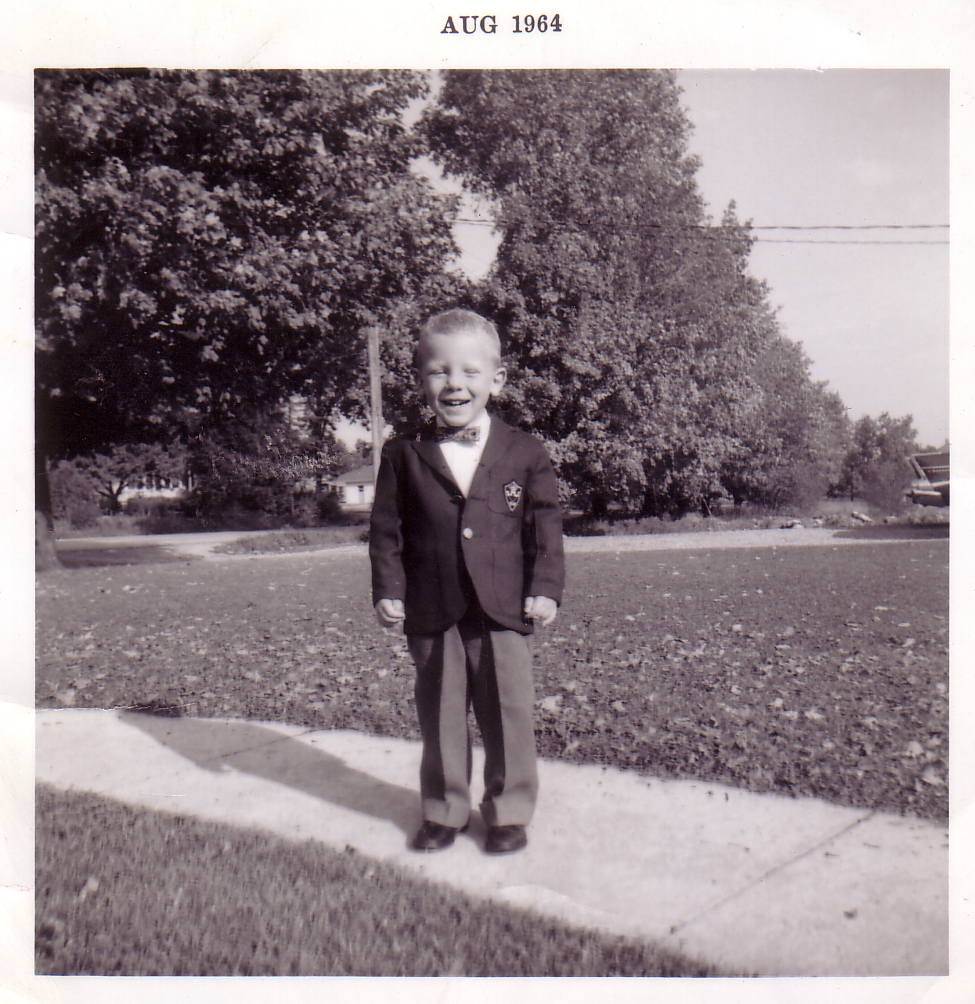 isledegrande com grand island 1 news source updated daily thirty five year island resident joe fischer turns the big 5 0 on monday be sure to click the picture for a look at joe s business attire