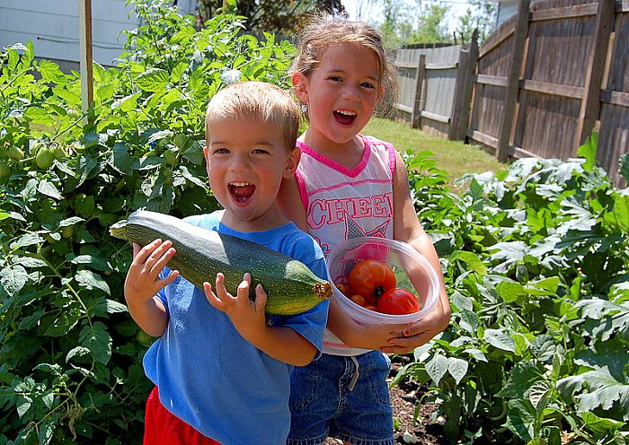 http://www.isledegrande.com/islanders/images/macneil-kids-garden8-16-07.jpg